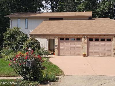 Fairfax Single Family Home For Sale: 10516 Acacia Lane