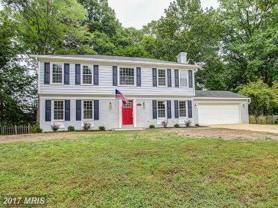 Alexandria Single Family Home For Sale: 2206 Londonderry Road