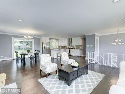 Fairfax VA Single Family Home For Sale: $669,000