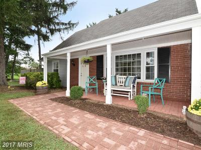 Fairfax Single Family Home For Sale: 4101 Majestic Lane