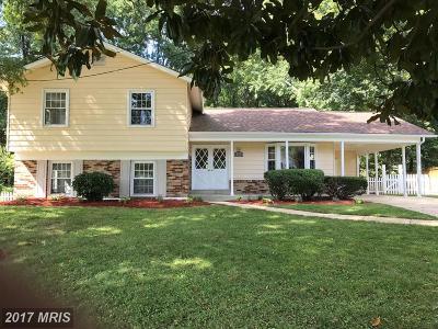 Alexandria Single Family Home For Sale: 8720 Falkstone Lane