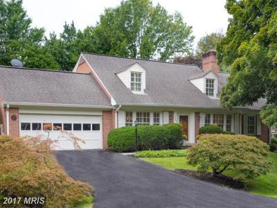 Vienna VA Single Family Home For Sale: $899,000