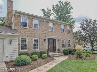 Burke Single Family Home For Sale: 9017 Lake Braddock Drive