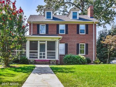 Alexandria Single Family Home For Sale: 6100 Vernon Terrace