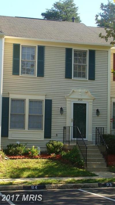 Lorton Townhouse For Sale: 9533 Shepherd Hills Drive