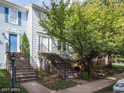 Centreville VA Townhouse For Sale: $325,000