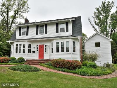 Falls Church Single Family Home For Sale: 2468 Buckelew Drive