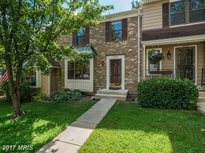 Burke Townhouse For Sale: 10227 Roberts Common Lane