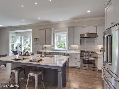 Alexandria Single Family Home For Sale: 8115 Wellington Road