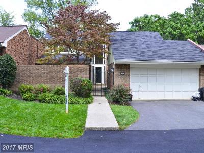 Oakton Condo For Sale: 2802 Oakton Manor Court