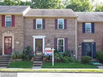 Springfield Townhouse For Sale: 7049 Leewood Forest Drive