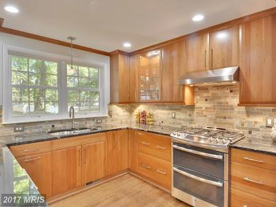 Fairfax Single Family Home For Sale: 9829 Laurel Street