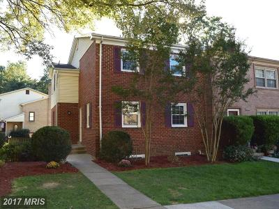Annandale VA Townhouse For Sale: $459,900