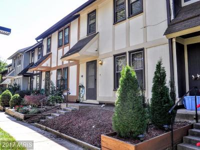 Burke Townhouse For Sale: 5516 Crossrail Court