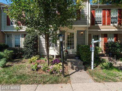 Reston Townhouse For Sale: 1530 Woodcrest Drive