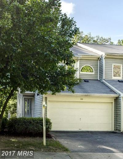 Reston Townhouse For Sale: 11112 Lakespray Way