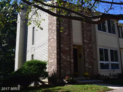 Springfield Townhouse For Sale: 6080 Hollow Knoll Court