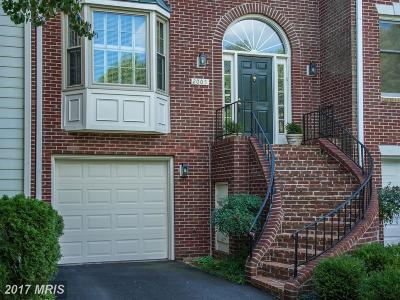 Falls Church Townhouse For Sale: 2005 Gervais Drive