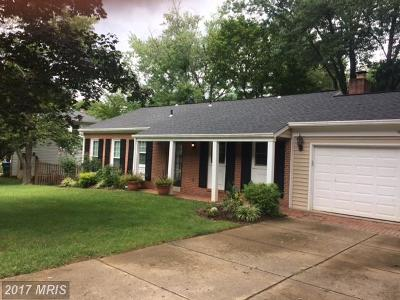 Vienna Single Family Home For Sale: 1821 Midlothian Court