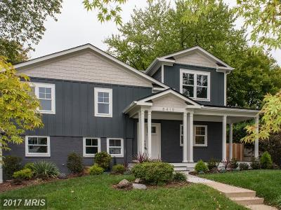 Alexandria Single Family Home For Sale: 8419 Doyle Drive