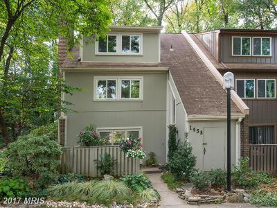 Reston Townhouse For Sale: 1438 Greenmont Court