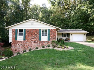 Fairfax Single Family Home For Sale: 5218 Ashcroft Court