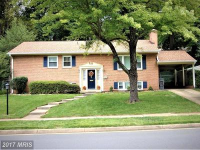 Falls Church Single Family Home For Sale: 7420 Fairwood Lane