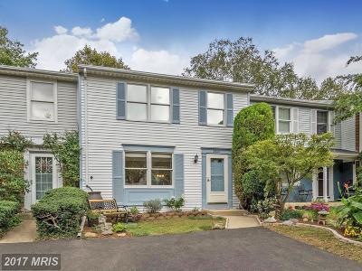 Burke Townhouse For Sale: 9810 Tara Court