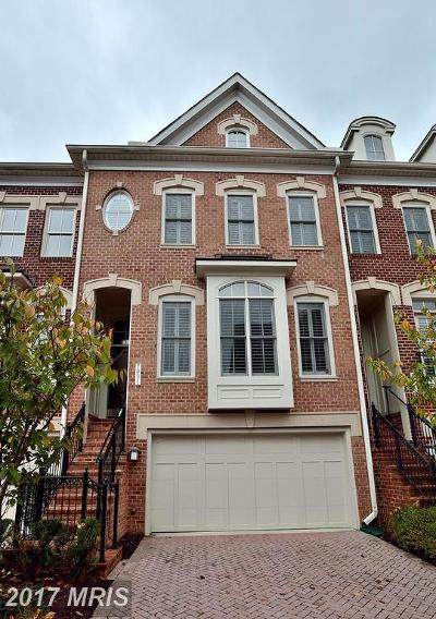 McLean VA Townhouse For Sale: $1,125,000