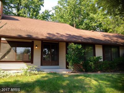 Alexandria Single Family Home For Sale: 6905 Lichen Court