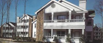 Fairfax Condo For Sale: 4421 Fair Stone Drive #102