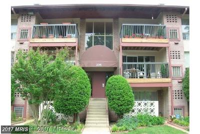Vienna Condo For Sale: 206 Park Terrace Court SE #36