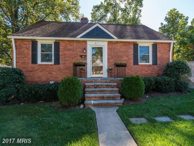 Falls Church Single Family Home For Sale: 6811 Chestnut Avenue