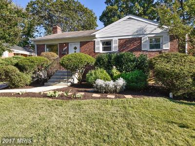 Falls Church Single Family Home For Sale: 3215 Dye Drive