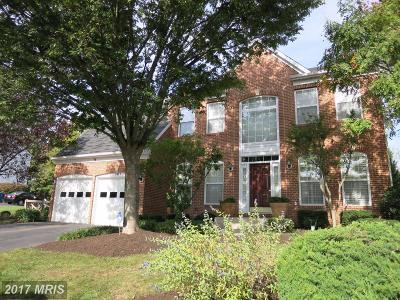 Herndon Single Family Home For Sale: 2405 Ripplemeade Court