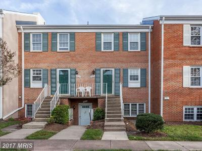 Centreville Condo For Sale: 14521 Rustling Leaves Lane #14521