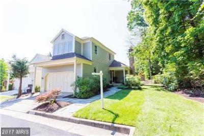 Oakton VA Single Family Home For Sale: $624,900