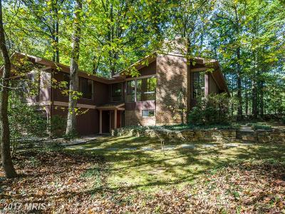 Reston Single Family Home For Sale: 12216 Quorn Lane