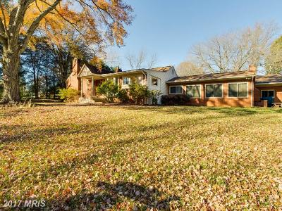 Fairfax Single Family Home For Sale: 10820 Woodfair Road