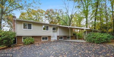 Oakton VA Single Family Home For Sale: $599,900
