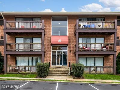 Falls Church Condo For Sale: 2754 Hollywood Road #103