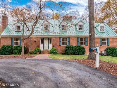 Fairfax Station VA Single Family Home For Sale: $824,900