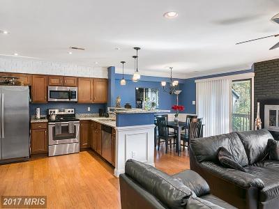 Fairfax, Fairfax City Townhouse For Sale: 3928 El Camino Place