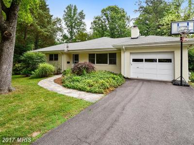 Falls Church Single Family Home For Sale: 3023 Cedarwood Lane