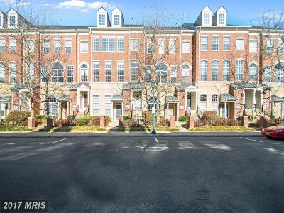 Reston Townhouse For Sale: 1927 Crescent Park Drive #104