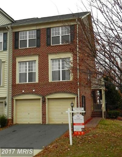 Lorton Condo For Sale: 8175 Dove Cottage Court