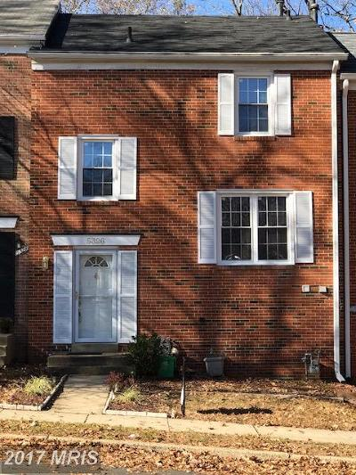 Springfield Townhouse For Sale: 5326 Danbury Forest Drive