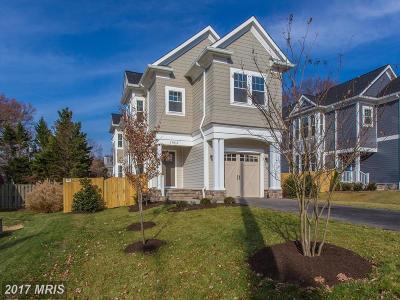 Alexandria Single Family Home For Sale: 8111 Wellington Road