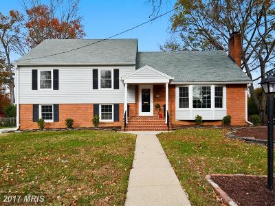 Alexandria Single Family Home For Sale: 1102 Croton Drive