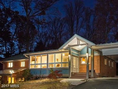 Falls Church VA Single Family Home For Sale: $925,000